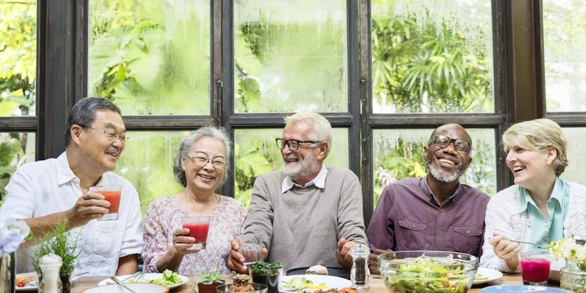 Older adult community dining